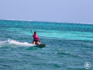 8 Days Deluxe Kiteboarding and Yoga Camp Retreat in Belize