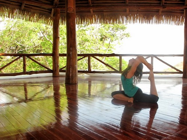 8 Days Diamond on the Inside Vinyasa Yoga in Costa Rica