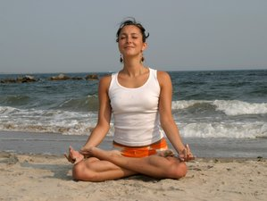 4 Days Meditation and Ayurveda Yoga Retreat in Kerala, India