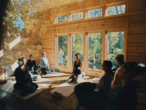 4 Days Yoga, Connecting, and Coaching Retreat with Louise and Sofia in Blidö, Sweden
