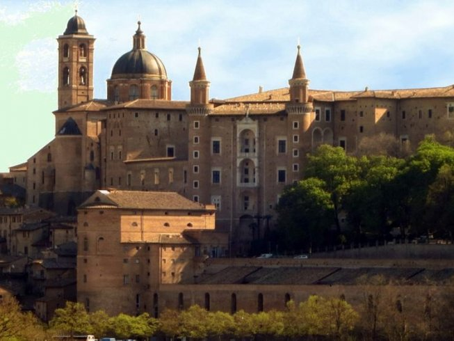 8 Days Cultural and Culinary Vacation in Italy