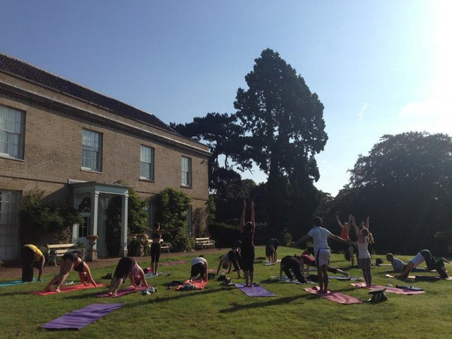 4 Days Easter Yoga Retreat in UK