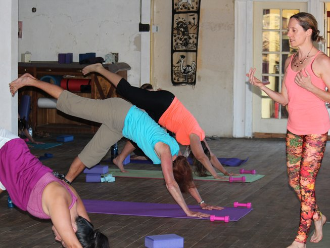 3 days wine hiking and yoga retreat in california for Yoga and wine retreat