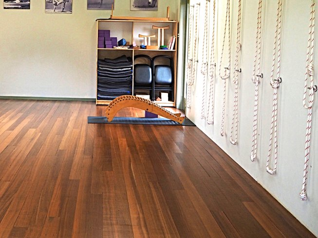 7 Days New Year Iyengar Yoga Retreat in Australia