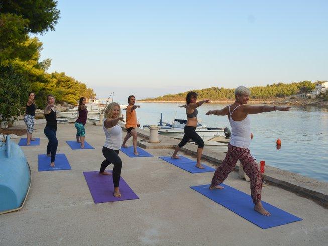 8 jours en retraite de yoga et de méditation sur l'île de Hvar, Croatie