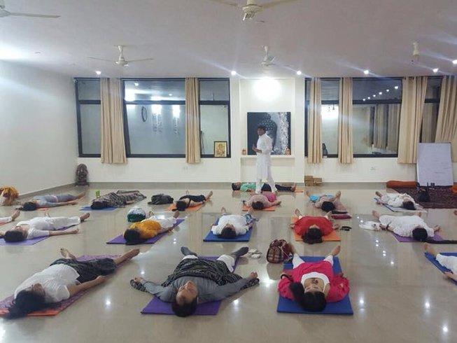 29 días profesorado de yoga Kundalini de 200 horas en Rishikesh