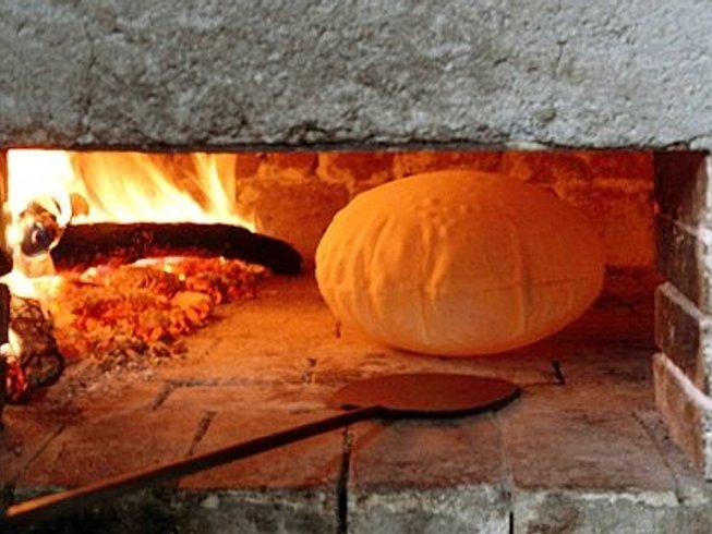 9 Days Cultural Tour with Breadmaking Course and Winery Visit in Sardinia, Italy