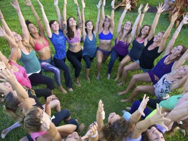 21 días profesorado de yoga terapéutico de 200 horas en Hawai, EUA