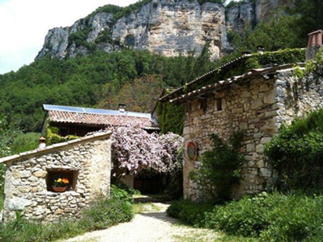 3 jours en stage de yoga aérien et méditation dans la Drôme, France