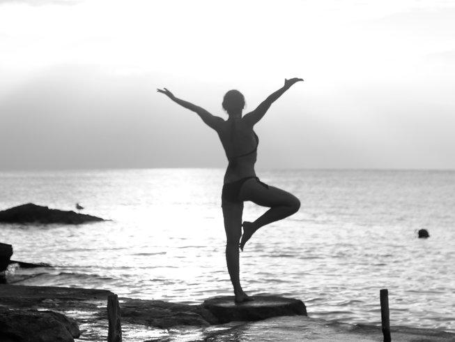 7 jours en stage de yoga, méditation et danse à Ibiza, Espagne
