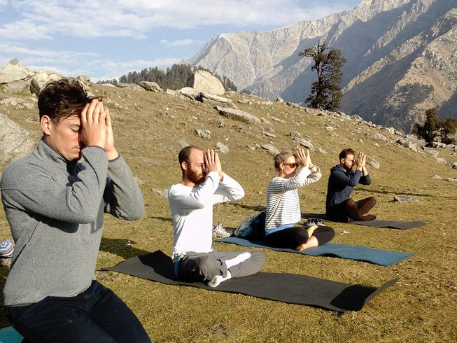 8 Days Trekking, Meditation and Yoga Retreat India