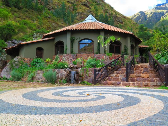 5 Days Sacred Feminine Activation Meditation and Yoga Retreat in Sacred Valley, Peru