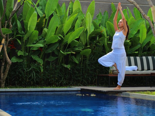 4 Days Luxury Surf and Yoga Retreat in Bali