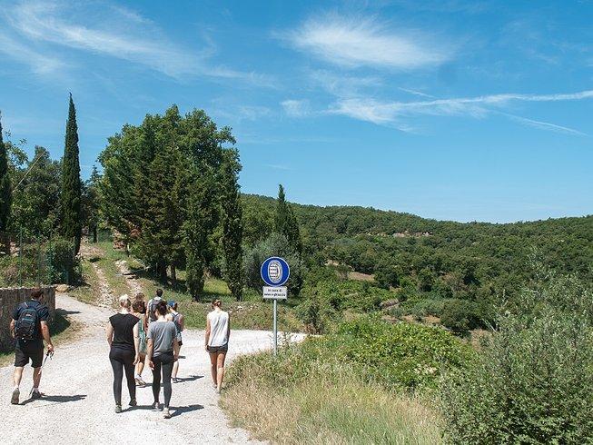 7 días de senderismo y retiro de yoga en la Toscana, Italia