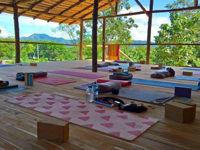 28-Daagse 200-urige Yoga Docentenopleiding in Tamarindo, Costa Rica