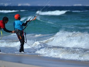 6 Day Point Break Watersports Beginner Kitesurfing Camp in Corralejo, Fuerteventura