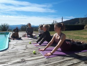 6 Day Finding Your Center, Where You Belong: Karma Yin Yoga Retreat in Spanish Pyrenees, Beuda
