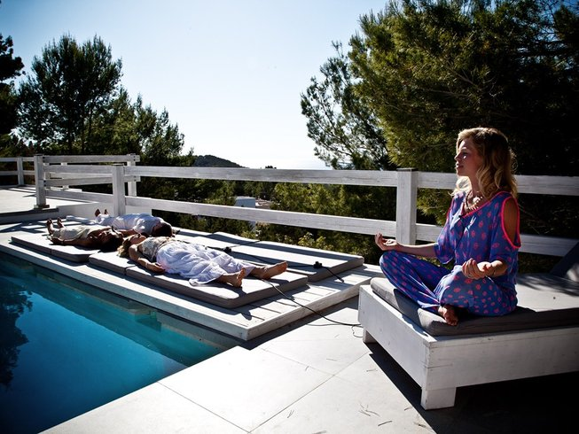 5 Days Transformational Be You Women's Retreat Ibiza