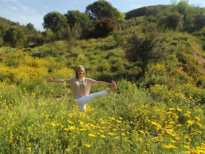 3 Days Weekend Yoga and Meditation Retreat in UK