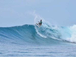 5 Day Excursions and Surf Camp for Beginners and Intermediate in Thulusdhoo, Kaafu Atoll