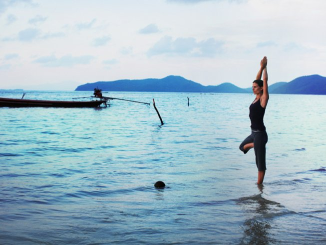 4 Days Premium Detox Retreat and Yoga in Thailand