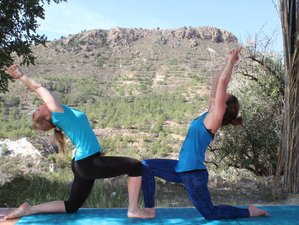 7 Day Summer Glow Vinyasa Flow Style Yoga Retreat with Fascinating Workshops in Totana