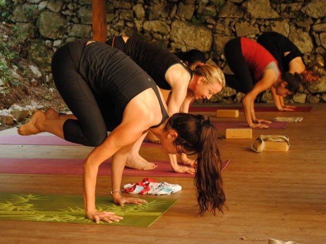 7 Days Ashtanga Yoga Retreat in Florence, Italy