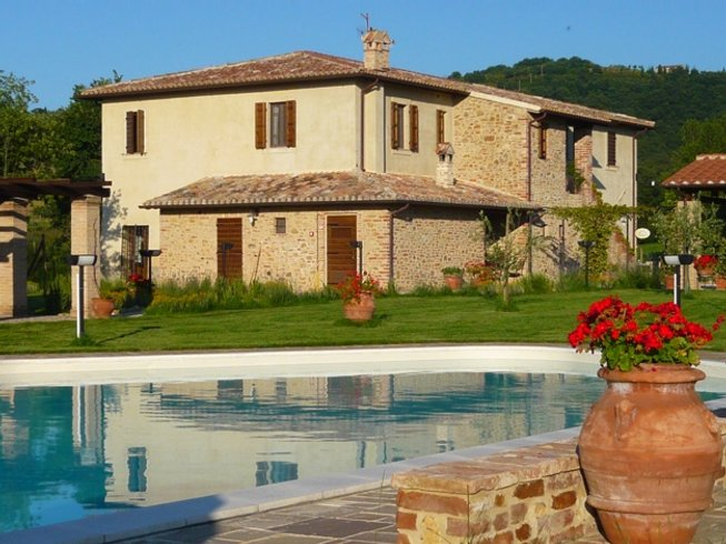 Buy a house in Italy or in Panicale