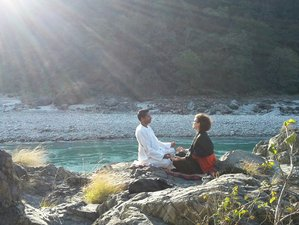 14 Days Detox, Healing, and Nurturing Himalayan Yoga Retreat in Rishikesh, India