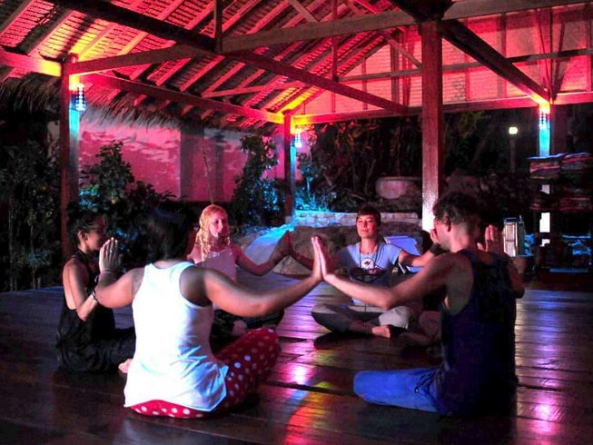 6 días increíble retiro de yoga y meditación, varios estilos, en Ko Phangan, Tailandia