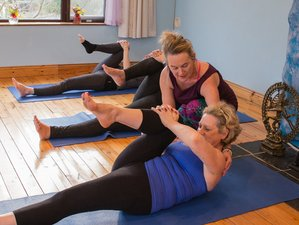 3 Days Weekend Meditation and Vinyasa and Yin Yoga Retreat in Kinvara, Ireland