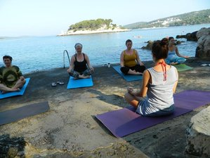 4 Days Ladies' Relaxation, Art, Meditation, and Yoga Retreat Hvar, Croatia