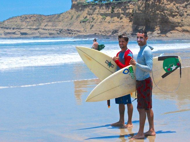 3 Tage Vikara Lifestyle Surf und Yoga Retreat in Olon, Ecuador