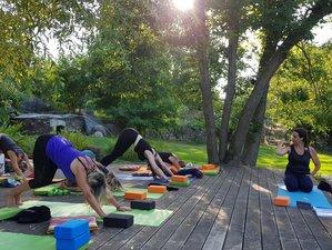 3 jours en week-end de yoga vinyasa et yin et randonnées à Alzon, Cévennes