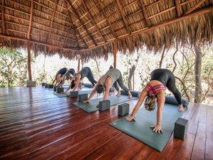 4 días de increíbles vacaciones de yoga y experiencia de surf en Tamarindo, Guanacaste