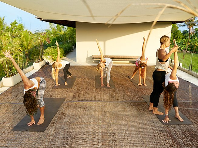 4 Days Spa, Surf and Yoga Retreat for Women in Bali