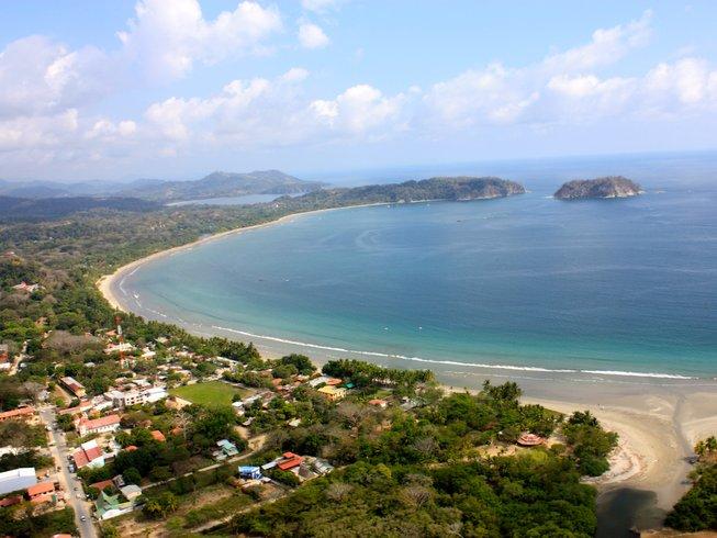 30 días 200 horas de profesorado de yoga en Costa Rica