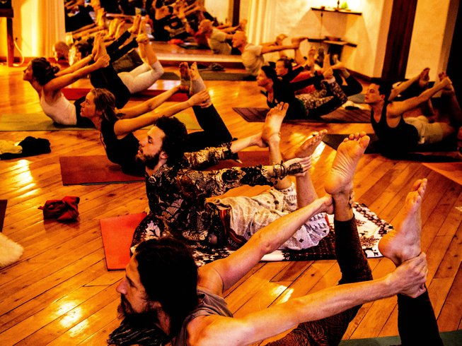 28 Days 200hr Yoga Teacher Training in Ecuador