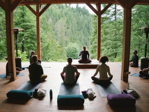 7 Day Adventure Yoga Retreat with Rafting and Hiking in Fraser Valley, British Columbia