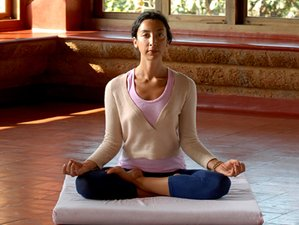 8 Days Ayurveda and Ashtanga Yoga Retreat in Gokarna, India