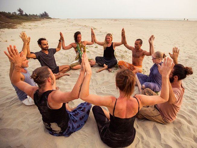 7 Days Iyengar Yoga Retreat in Goa, India