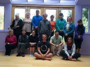5 días retiro de yoga de primavera en el Reino Unido