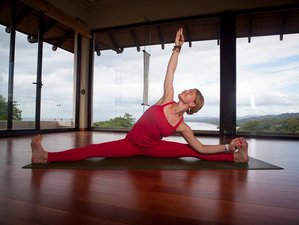8 Days Mindfulness Meditation and Yoga Retreat Costa Rica