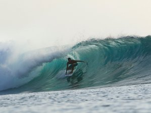 13 Day Luxury Surf Charter Boat in Mentawai, West Sumatra