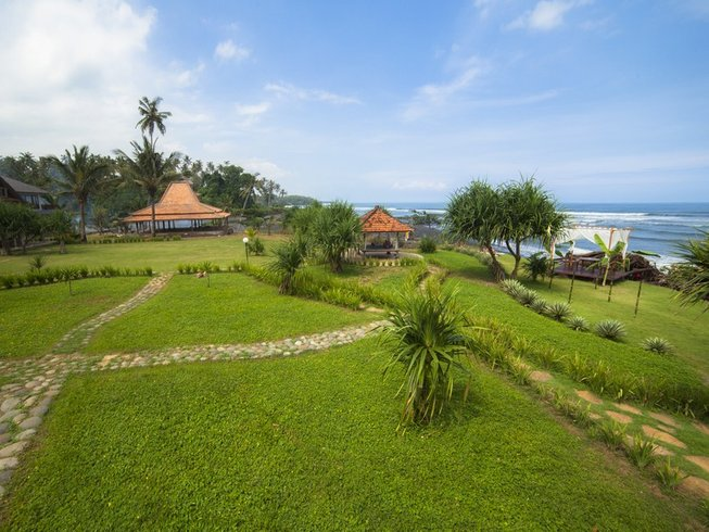 3 Days Ashtanga and Vinyasa Yoga Retreat in Balian Beach,Bali