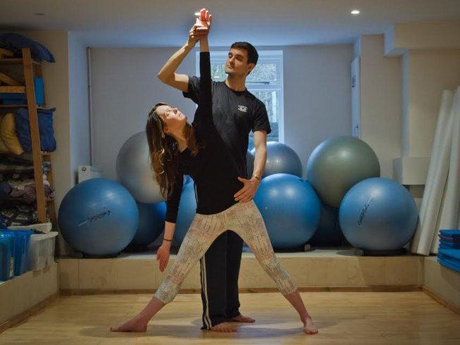 3 Tage Chakra und Tantra Yoga Urlaub in Harrogate, Großbritannien