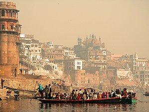 16 Tage Vielfältige Yogareise durch Delhi, Haridwar, Rishikesh und Varanasi, Nordindien