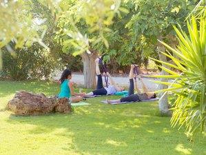 4 Days Relaxing Yoga and Meditation Retreat in Mallorca, Spain
