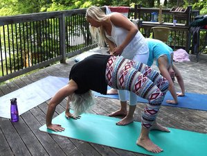 30 Days 300-Hour Yoga Teacher Training in Ecuador