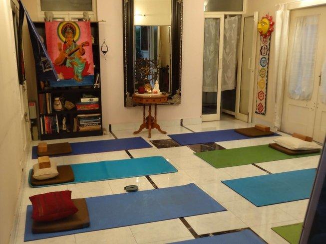 21 Tage 100-Stunden Meditationslehrer Ausbildung in Indien